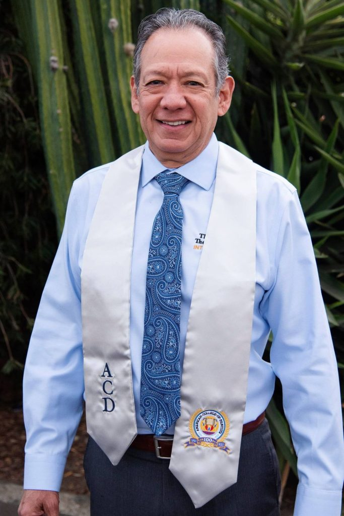 DR. STEVEN OLMOS | FACD